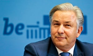 Klaus Wowereit, mayor of Berlin, announces his intention to step down in December