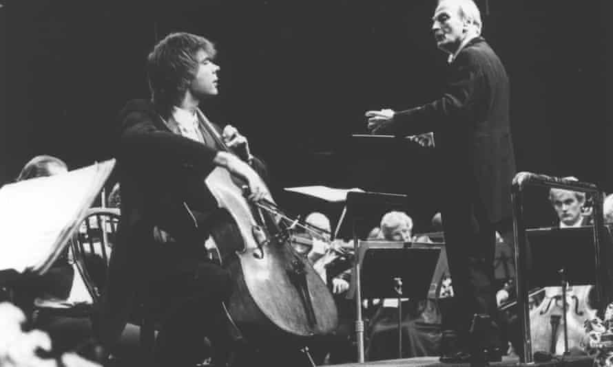 Julian Lloyd Webber performing with Yehudi Menuhin