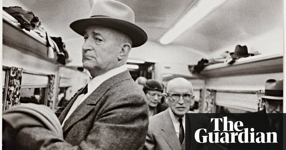 robert frank photo essays The americans, by robert frank, was a highly influential book in post-war american photography it was first published in france in 1958.