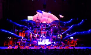 Delusion of the Fury by Harry Partch directed by Heiner Goebbels with MusikFabrik.