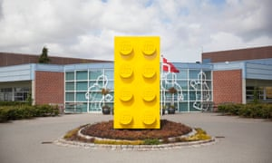 Giant LEGO brick outside he entrance to the factory.