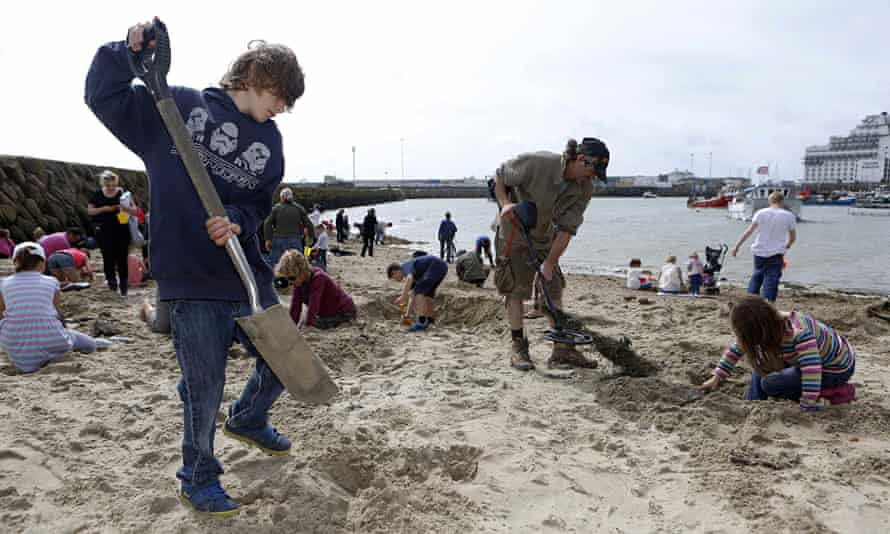 The great Folkestone treasure hunt