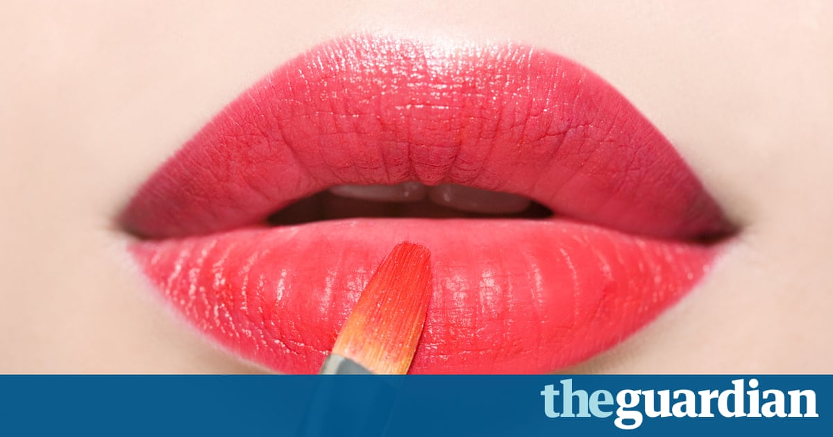 Beauty Bloggers Reveal Their Secret Tips To Business Success - Quick tutorial reveals how to make ordinary photos look extraordinary