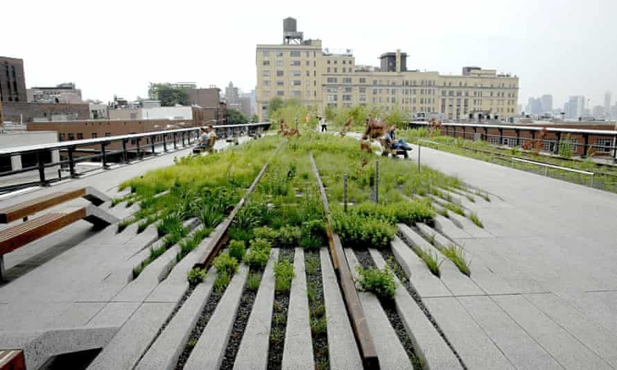 First section of the High Line opens, New York, America - 08 Jun 2009