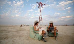 Rosanne Ziering and Alison Cooper relax on the Playa...