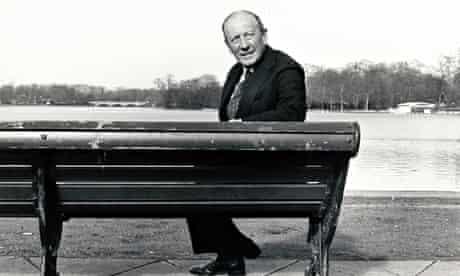 Chapman Pincher in 1987.