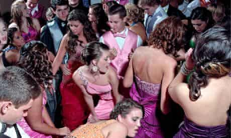 Big pic: Woodland Hills high school prom