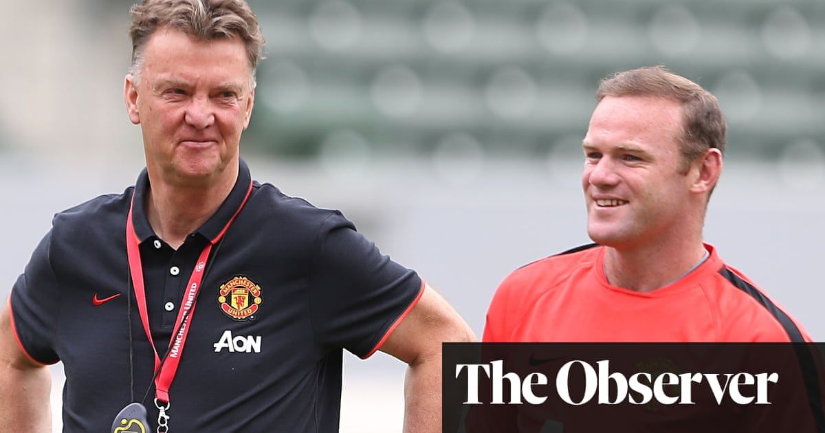 Why Louis Van Gaal May Use United Captaincy To Motivate