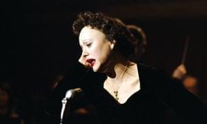 Marion Cotillard as Edith Piaf in La Vie en Rose