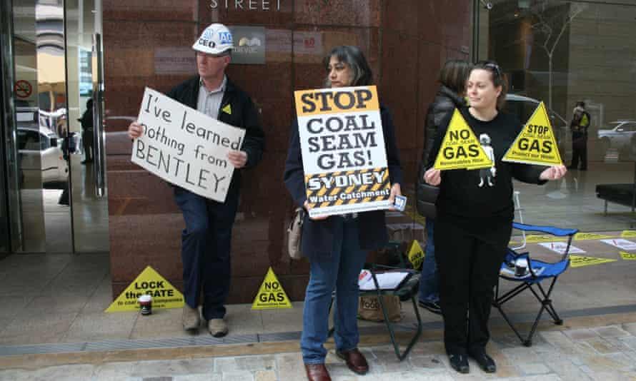 Anti-Coal Seam Gas Protestors Outside AGL headquarters