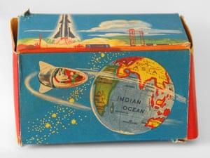 Laika clockwork toy packaging, West Germany (1958-1965)