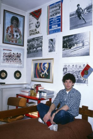 Gianluca Vialli in his bedroom when he played for Cremonese.