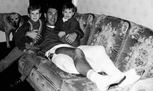 November 1987  Rangers and England defender Terry Butcher at home with his sons Christopher and Edward after breaking his left leg in the match against Aberdeen