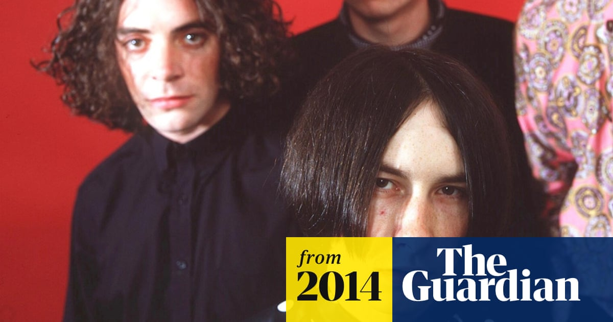 Primal Scream pay tribute to former guitarist Robert Young | Music