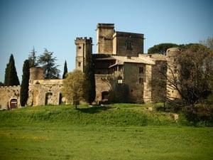 Château Lourmarin.