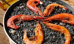 Spanish arroz negro dish