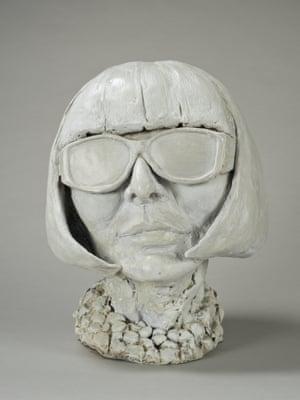 Anna_wintour Sculpture by Nicole Farhi