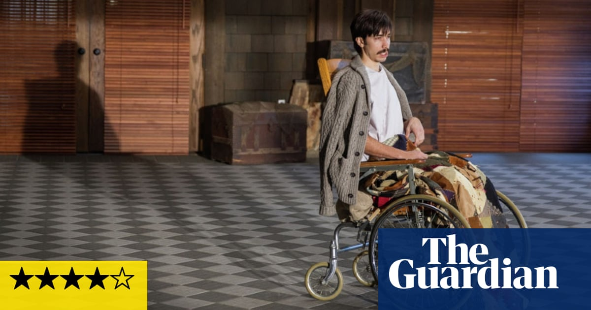 Tusk Review Kevin Smith Seals His Comeback With Walrus Horror Show Film The Guardian