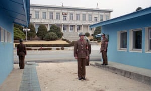 North Korean guards: 13 March 1993