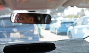 Taxi drivers object to body odour test by San Diego airport
