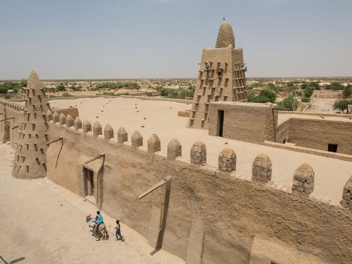 Life in Timbuktu: how the ancient city of gold is slowly turning to dust |  Cities | The Guardian