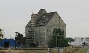 Vienna's 1940s grain stores