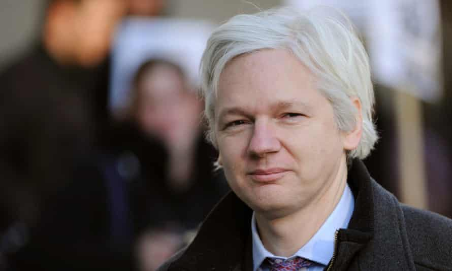 WikiLeaks' Julian Assange: 'Why does the Merkel government continue to protect FinFisher?'