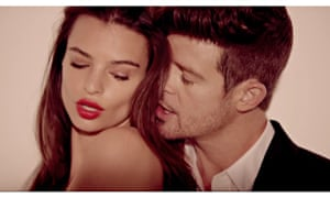 Robin Thicke in Blurred Lines