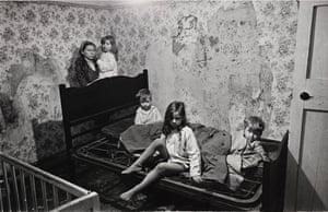 Make Life Worth Living: Nick Hedges' Photographs for Shelter, 1969-72.