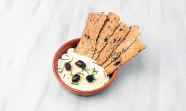 Opso's tarama cream
