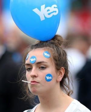 Yes supporters gather in George Square, Glasgow.