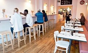rita's restaurant, london E8