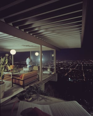 Case Study House #22 (Stahl House, Los Angeles, California, Architect Pierre Koenig), Playboy, 1960. Photograph by Julius Shulman