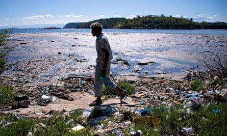 Pollution at Rio's Guanabara Bay