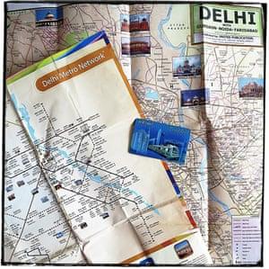 Delhi metro map and smart card.