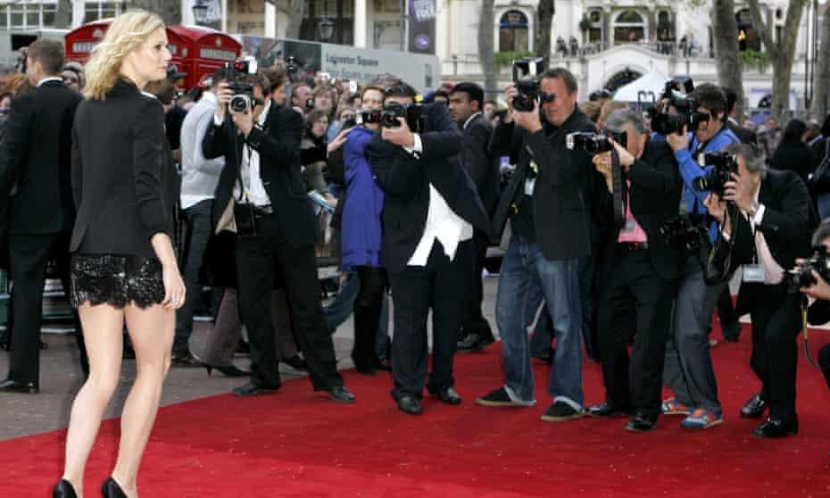 Paparazzi photograph Gwyneth Paltrow