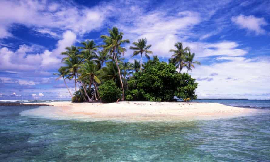 Island in Marshall Islands atoll