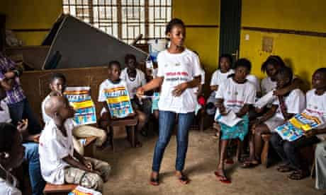 sierra leone children learning about ebols