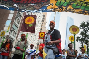 More than 100,000 people march through midtown Manhattan