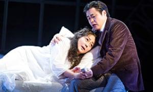 Hye-Youn Lee and Ji-Min Park in La Traviata