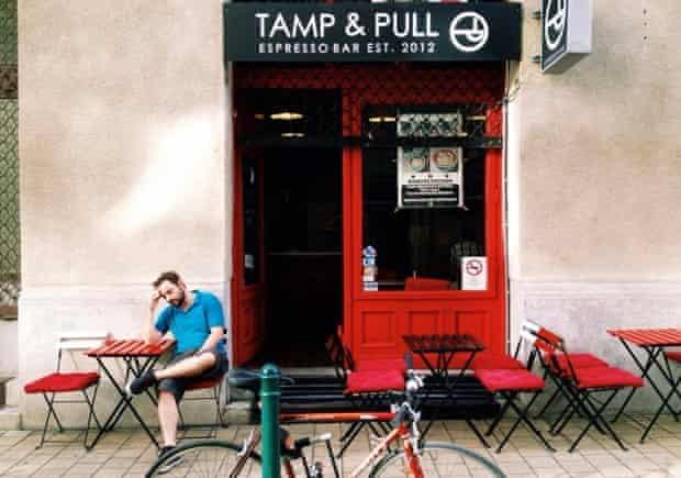 Tamp & Pull, Budapest