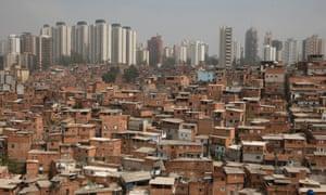 Paisopolis slum
