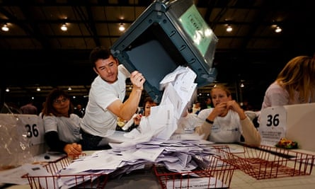 A ballot box is emptied for counting in Aberdeen after polls closed on 18 September.
