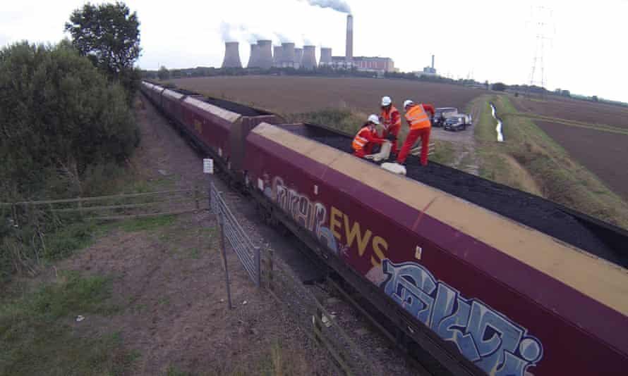 50 Greenpeace activists have stopped a 1500 tonnes coal train at Cottam coal powered power station in Nottinghamshire, UK on 23 September 2014.