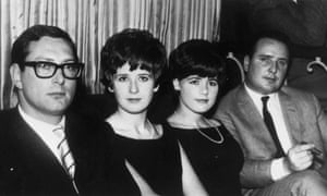circa 1963:  English criminal Bruce Reynolds (left), a member of the gang which robbed a mail train of over two million pounds at Cheddington, Buckinghamshire, with (from left) his wife, Frances, Barbara Daly and John Daly.