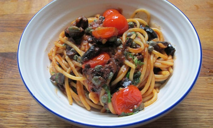 How To Cook The Perfect Pasta Puttanesca Food The Guardian
