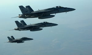 Air strikes carried out on late on Wednesday against Islamic State targets in Syria hit oil refineries that the US says provide a revenue stream for the militants, the Pentagon says.