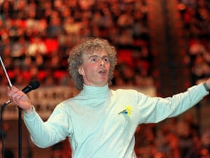 Simon Rattle rehearsing with the City of Birmingham Symphony Orchestra in 1998.