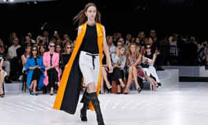 Christian Dior S Invisible Runway At The Louvre Is A Hit At Paris Fashion Week Fashion The Guardian
