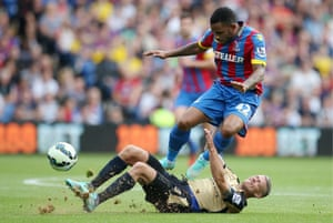 Crystal Palace's Jason Puncheon in action with Leicester City's Paul Konchesky.